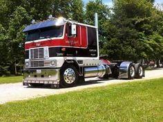 1000+ images about Big rigs on Pinterest | Peterbilt, Semi Trucks ...