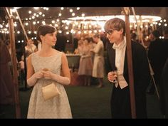 Triple OMG!!!!!!!!!!!!! Quiero verla!!!!!!!!!!!!!!!The Theory of Everything - Official Trailer #2 (Universal Pictures) HD - YouTube