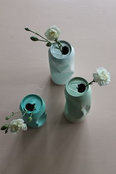 M annen flirte av meg når han kom heim etter jobb igår kveld. Eg kunne ikkje skjønne kvifor; eg sat jo berre der å målte dei tomme ø. Home Crafts, Diy Home Decor, Diy And Crafts, Deco Floral, Diy Décoration, Pinterest Diy, Diy Candles, Recycled Crafts, Diy Gifts
