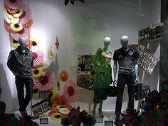 Desigual windows, Jakarta visual merchandising