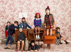 Plaids, prints and animal adorned satchels mix in the Gucci Kids' back to school collection. Fashion Kids, Kids Winter Fashion, Baby Boy Fashion, Kids Girls, Baby Kids, Kids Prints, Kid Styles, Kids Wear, Cute Kids