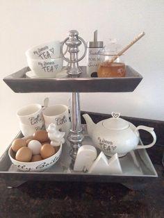 riviera Maison Kitchen Interior, New Kitchen, Kitchen Decor, Rivera Maison, Dessert Tray, My Cup Of Tea, Breakfast Nook, Kitchen Styling, Afternoon Tea