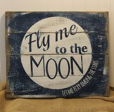 Rustic Pallet Musical Lyrics Sign - Fly Me to the Moon by Sinatra Wall Art - White & Navy - Gifts for Music Reclaimed Wood Signs, Wood Pallet Signs, Pallet Art, Wood Pallets, Wooden Pallet Crafts, Gift For Music Lover, Moon Signs, Art Party, Star Designs