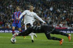Keylor Navas, Cristiano Ronaldo