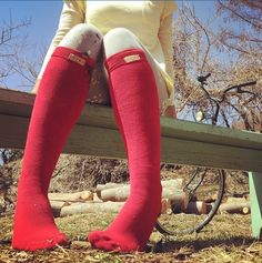 Big Red Bus bamboo socks - thanks to Katy for sending this pic while having fun in her bonsaisocks in Japan. @bonsaisocks #bamboosocks