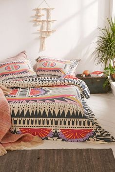 Bookmark this for the prettiest duvet covers for your bedroom.