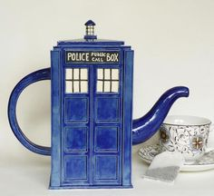 Tardis Tea Pot I need this ASAP