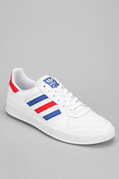 adidas Court Top Sneaker