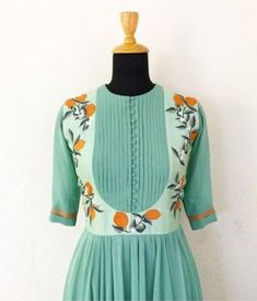 Cotton Saree Designs, Salwar Designs, Long Dress Design, Bridal Dress Design, Kurti Sleeves Design, Kurta Neck Design, Indian Embroidery Designs, Kurta Style, Neck Designs For Suits
