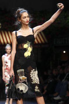 Dolce & Gabbana Spring 2016 Ready-to-Wear Fashion Show Details
