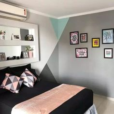 Geometric print is a new trend in the decoration of kisses. W & poetry Bedroom Wall Designs, Home Decor Bedroom, Gym Decor, Wall Decor, Geometric Wall Paint, Wall Paint Patterns, Tape Wall Art, Dream Rooms, Interior Walls