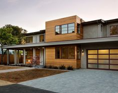 La Para II by Simpson Design Group Architects- once the grass grows in the front will look as good as the back.