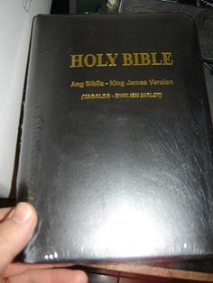 Ang Biblia (Tagalog) -King James Version (English) Bilingual Bible / Leather Bound Black with Thumb index and Golden Edges / TAG/KJV 055 TI