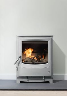 The UK's leading stove manufacturer for wood burning and multi fuel stoves for over 30 years. Log Burning Stoves, Wood Burning, Multi Fuel Stove, Log Burner, Gas Stove, Home Living Room, Sweet Home, Home Appliances, Range