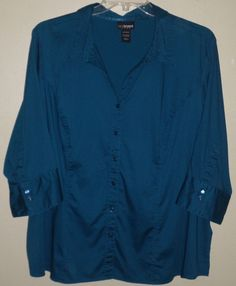 Beautiful turquoise blue button down by Lane Bryant. Plus size 26/28w 4x. #ThePlusSide