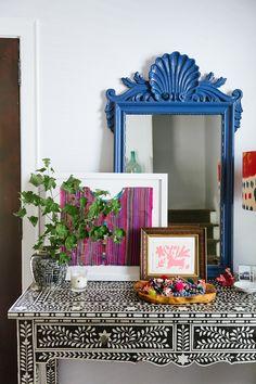 i suwannee: hanging art around the house