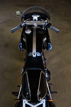 Custom_Ducati_Motorcycle_7.jpg 1356 × 2048 bildepunkter