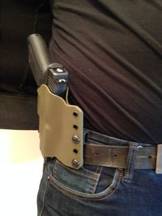 Shotguns, Firearms, Everyday Carry Gear, Kydex Holster, Man Stuff, Leather Working, Business Ideas, Hand Guns, Knives
