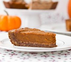 Pumpkin pie with an easy and delicious gluten-free crust
