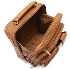 The Organized Traveler's Carry On - Hammacher Schlemmer