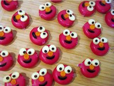 My baby loves Babybel cheese, and he is gonna be even more happy to eat it when it looks like his favorite guy, Elmo! Sesame Street Party, Sesame Street Birthday, Elmo Birthday, 2nd Birthday Parties, Birthday Ideas, Elmo Party Decorations, Babybel Cheese, Cheese Food, Cute Food