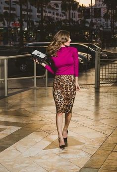 Outfits for Work - Trend Outfits for Work Fashion Printed Skirt Outfit, Pencil Skirt Outfits, High Waisted Pencil Skirt, Printed Skirts, Pencil Skirts, Pencil Dresses, Leopard Print Outfits, Animal Print Outfits, Animal Print Skirt