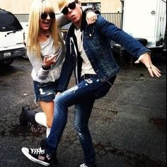 Rydel with Riker and his Loud converse!