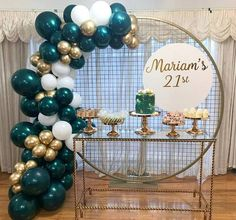 Green Party Decorations, 21st Birthday Decorations, Balloon Decorations, Wedding Decoration, Gold Birthday Party, Gold Party, Birthday Balloons, Elegant Birthday Party, Birthday Cakes