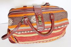 VINTAGE CARPET BAG Travel Duffle Luggage Southwest Style Turkish Wool & Leather #Unbranded #DUFFLETRAVELCARRYONBAG