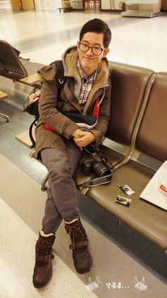 In Gimpo Int'l Airport while waiting for a boarding process of a Jeju Air flight to Osaka.  #gimpo #jeju_air #jejuair #seoul #korea #osaka