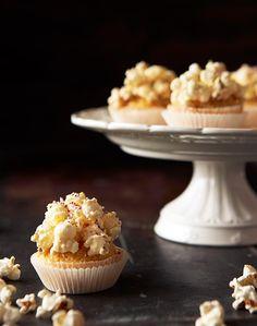 Blondie-kuppikakut popcornkuorrutteella