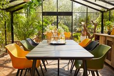 Hartman Sophie Studio HPL Tuintafel 240 x 100 cm Outdoor Areas, Outdoor Tables, Outdoor Decor, Interior Design Colleges, Greenhouse Gardening, Room Colors, Studio, My Dream Home, Room Inspiration