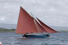 Galway Hooker An Tonai by Taimin de B, via Flickr