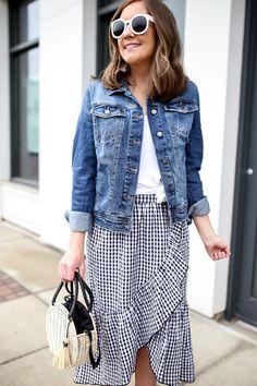 black and white ruffled gingham midi skirt, end-of summer bucket list #ruffleddress #dressthebest