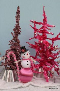 VINTAGE CHENILLE TREE & TINSEL TREE, SNOWMAN, TART TINS