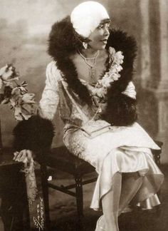 """Harlem-Flapper-1928. Perhaps the  greatest gift to the 1920s era came from the African-American – whose culture developed rapidly during the 1920′s under the banner of """"The Harlem Renaissance"""".Black American women had not only to fight for female emancipation, but had to scale the long ladder of civil rights . She played an enormous role in the liberation of all women."""