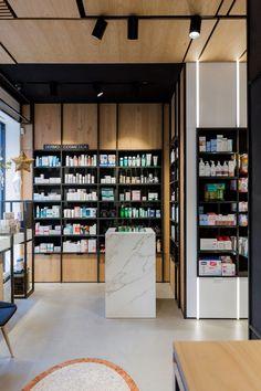 Proyectos de Reforma, Diseño y Fabricación de Mobiliario de Farmacia realizados por EquipaNorte. Espacios de salud modernos y rentables.