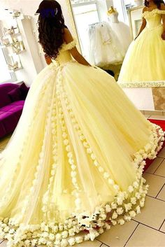 2019 Yellow Quinceanera Dresses Hand Made Flowers Tulle Off The Shoulder Princess Sweet 16 Dress Masquerade Prom Ball Gown – fashion Sweet 16 Dresses, 15 Dresses, Ball Dresses, Pretty Dresses, Flower Girl Dresses, Wedding Dresses, Dresses Online, Wedding Gowns, Bridal Gowns