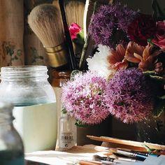 Lovely light and flowers on my desk. #flowers #onmydesk #studio #painter #artist #creative Art Diary, Painter Artist, Twine, Glass Vase, Journal Art, Newspaper Art