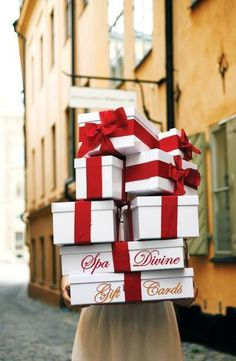 Watch a wonderful video on how to tie the perfect bow and see our favorite holiday gift wrapping ideas today, on Hadley Court Merry Little Christmas, Noel Christmas, All Things Christmas, White Christmas, Christmas Shopping, French Christmas, Elegant Christmas, Christmas Quotes, Christmas Morning