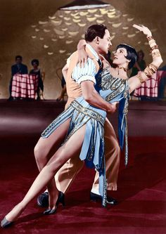 "Gene Kelly & Cyd Charisse in ""Singing in the Rain"""