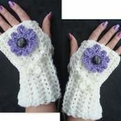 Fingerless Gloves and Flowers - via @Craftsy