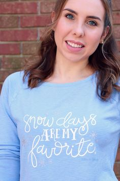 Hand-Lettered Snow Days T-shirt DIY