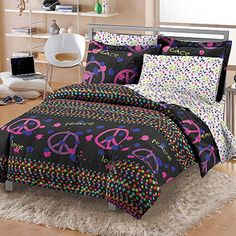 1000 Images About Bedroom Themes On Pinterest Bed In A