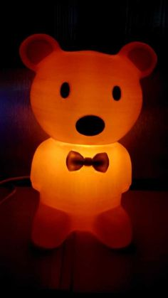 So cute bear lamp printed by Printer, do you want to take home for your kids? Cute Bears, 3d Printer, Daisy, Table Lamp, Printed, Kids, Home Decor, Children, Homemade Home Decor