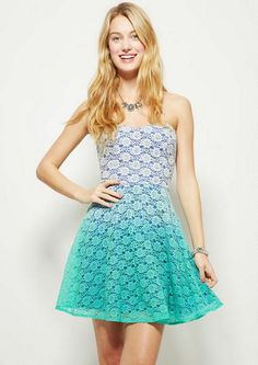 Ombre Lace Dress : have a glamorous look wearing omre lace dress to flirt with guys