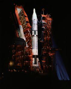 Gemini-Titan spacecraft sits on the launch pad.