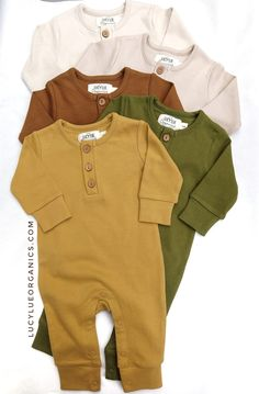 Your favorite romper now comes in 6 new colors Made in the softest 100 organic cotton this classic baby style is a Mom approved favorite Shop this style and more at For the best in modern organic baby clothes visit Lucy Lue Organics Gender Neutral Baby Clothes, Trendy Baby Clothes, Organic Baby Clothes, Baby Clothes For Boys, Best Kids Clothes, Winter Clothes For Babies, Baby Boy Stuff, Best Baby Clothes Brands, Hipster Kids Clothes