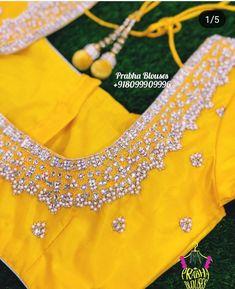 Pattu Saree Blouse Designs, Designer Blouse Patterns, Fancy Blouse Designs, Blouse Neck Designs, Blouse Styles, Embroidery Neck Designs, Embroidery Suits Design, Embroidery Blouses, Aari Embroidery