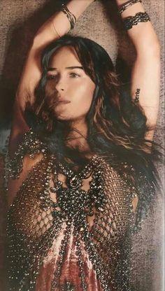Actress Anushka, Metal Fashion, 50 Shades Of Grey, Dakota Johnson, Jamie Dornan, Her Style, Beautiful Women, Actresses, Womens Fashion